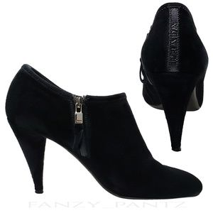 PRADA ankle bootie black suede logo back 39